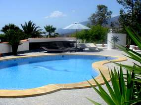 6 Peop. Holiday house with A/C 🌴 Fincaoasis 🌴 pool 🌴 eco garden 🌴 WiFi / Alcala in the southwest