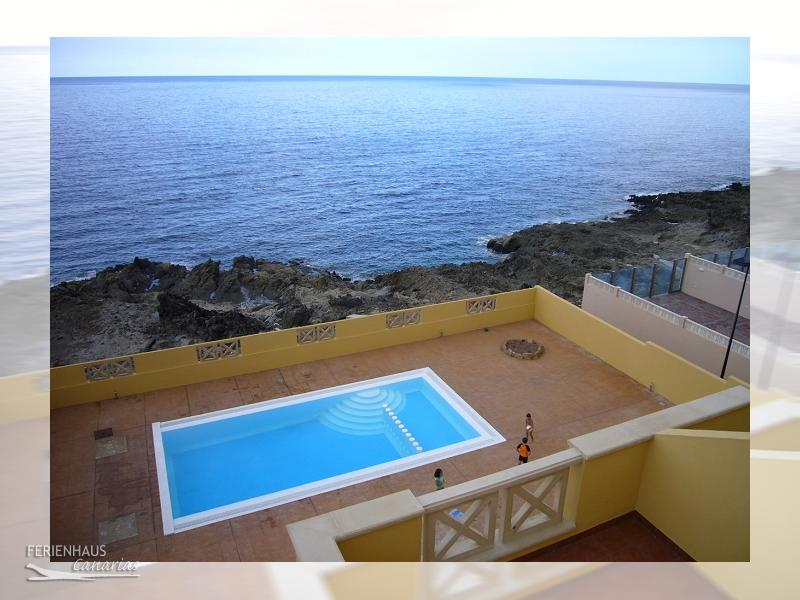 meerblick appartment in poris de abona erster reihe am meer pool. Black Bedroom Furniture Sets. Home Design Ideas