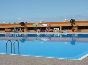 Apartment mit Meerblickterrasse & Pool am Playa La Arena
