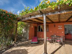 Tenerife South: Holiday house ✓ Private pool ✓ WiFi  BBQ  Garden