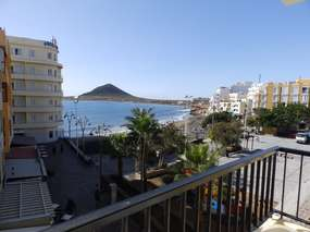 Exclusive location: Modern apartment right at the beach of El Medano!