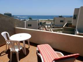 Beach holiday home with terrace and sea view in Playa Cabezo - El Medano Tenerife South