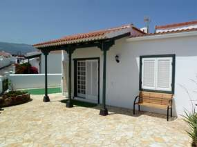 Holiday house close to the beach - big terrace with great view in Abades
