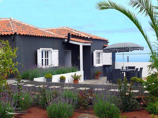meerblick ferienhaus mit privatpool auf finca in ruhiger lage icod de los vinos. Black Bedroom Furniture Sets. Home Design Ideas
