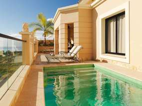 *Royal Garden Resort* am Adeje Golf green - Villa mit Pool, WiFi, A/C & Telefon