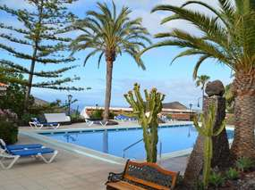 Chayofa - Tenerife south: Holiday home with sea views, pool, wifi, garden