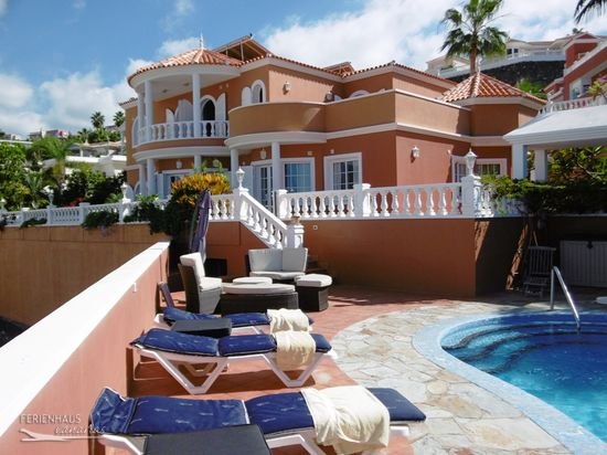 Tenerife Villa With A Fantastic View Heated Private Pool
