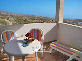 Finca apartment with view of the sea in Arico - climbing area