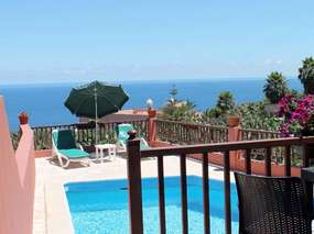 Tenerife - Detached holiday house with pool & wonderful sea view