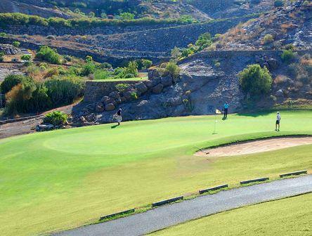 Blick auf Golfer am Golfplatz im Süden von Gran Canaria