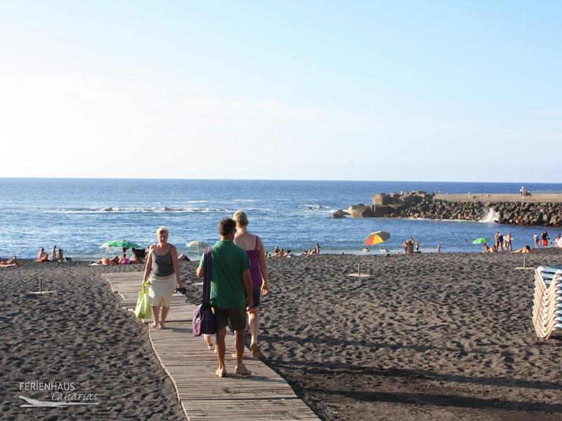 Playa jardin in puerto de la cruz beach life and botany for Aparthotel jardin de playa